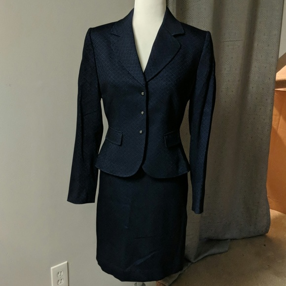 Tahari Jackets & Blazers - Navy Blue 2Piece Skirt Suit
